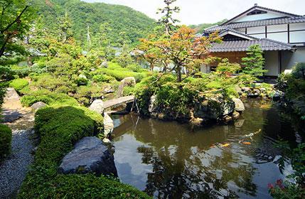 三朝館庭園 大阪 旅行会社