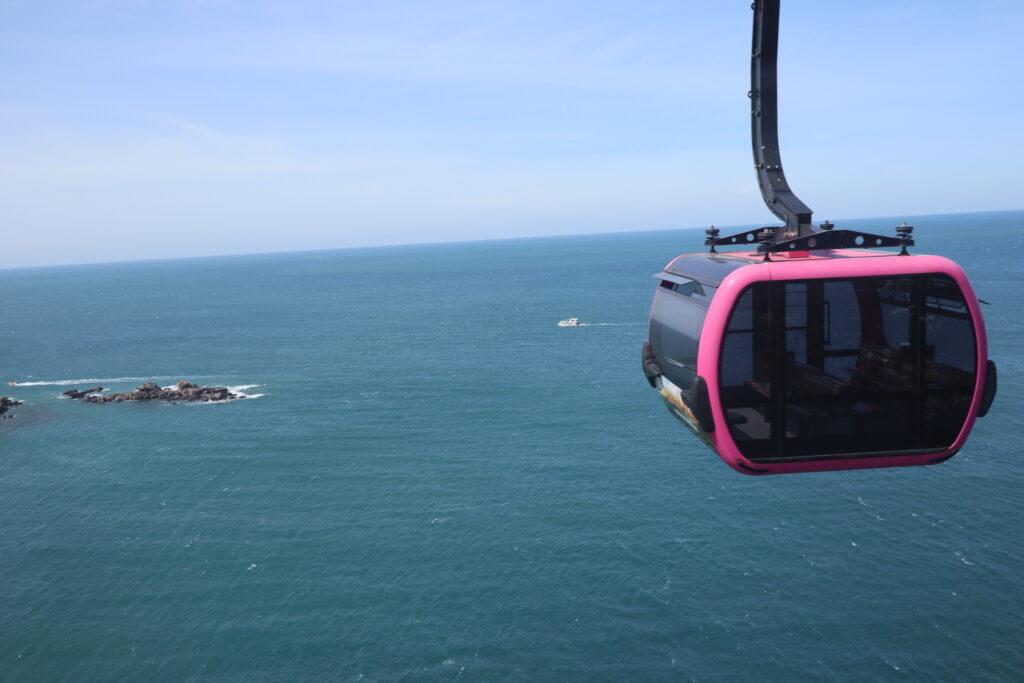 フーコック島 ホントム島 ケーブルカー ロープウェイ 全長8km